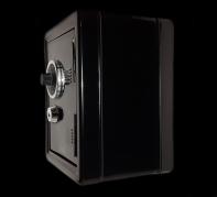 Металлические шкафы и сейфы